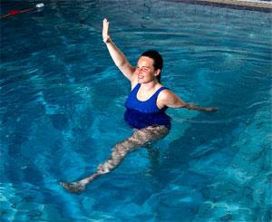 Аквааэробика для беременных — польза плавания для будущих мам