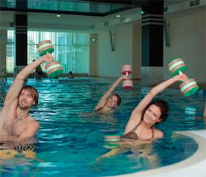 Какую пользу для здоровья дает посещение бассейна
