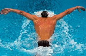 Какова польза от посещений бассейна для спины и позвоночника
