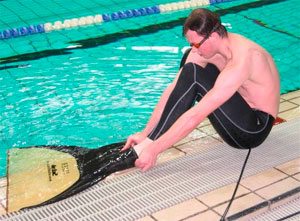 Какие ласты выбрать для плавания в бассейне